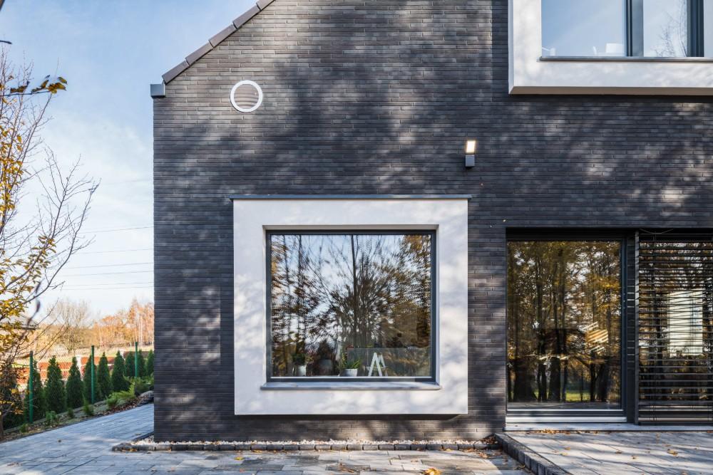 New house Wyry